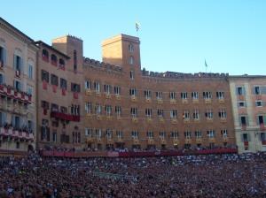Gekte in Siena tijdens de Palio